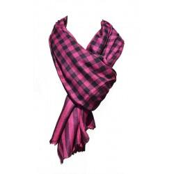 Châle Junker 100% cachemire couleur rose avec motifs à carreaux noirs